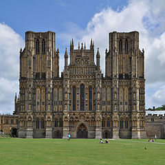 240px-Wells_Cathedral,_Wells,_Somerset.jpg